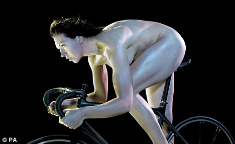 Rebecca Romero shows off her enviable physique on her bike